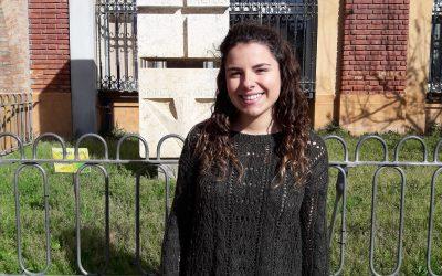 Mónica Eced, alumna de cuarto de ESO, recibe la beca Fundación Amancio Ortega para cursar un año académico en Canadá