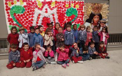 Los alumnos de Educación Infantil, culminan su «Semana Fallera» en el colegio con una típica xocolatà