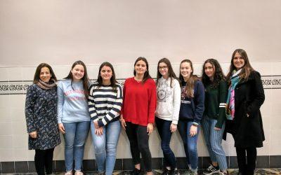 """Un grupo de seis alumnas de 4º de ESO finalistas en la 2ª edición del concurso de videos """"De major vull ser com…"""""""