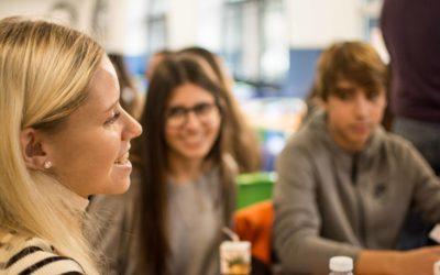 El alumnado de la asignatura de Competencia Comunicativa Oral participa en el proyecto Only-English Café