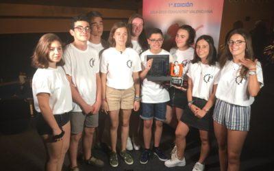 Alumnas y alumnos de cuarto de ESO del Colegio Salesiano San Juan Bosco Valencia ganadores del Concurso Up! Steam organizado por la Real Academia de Ingeniería y el Consejo Social de la Universitat Politècnica de València